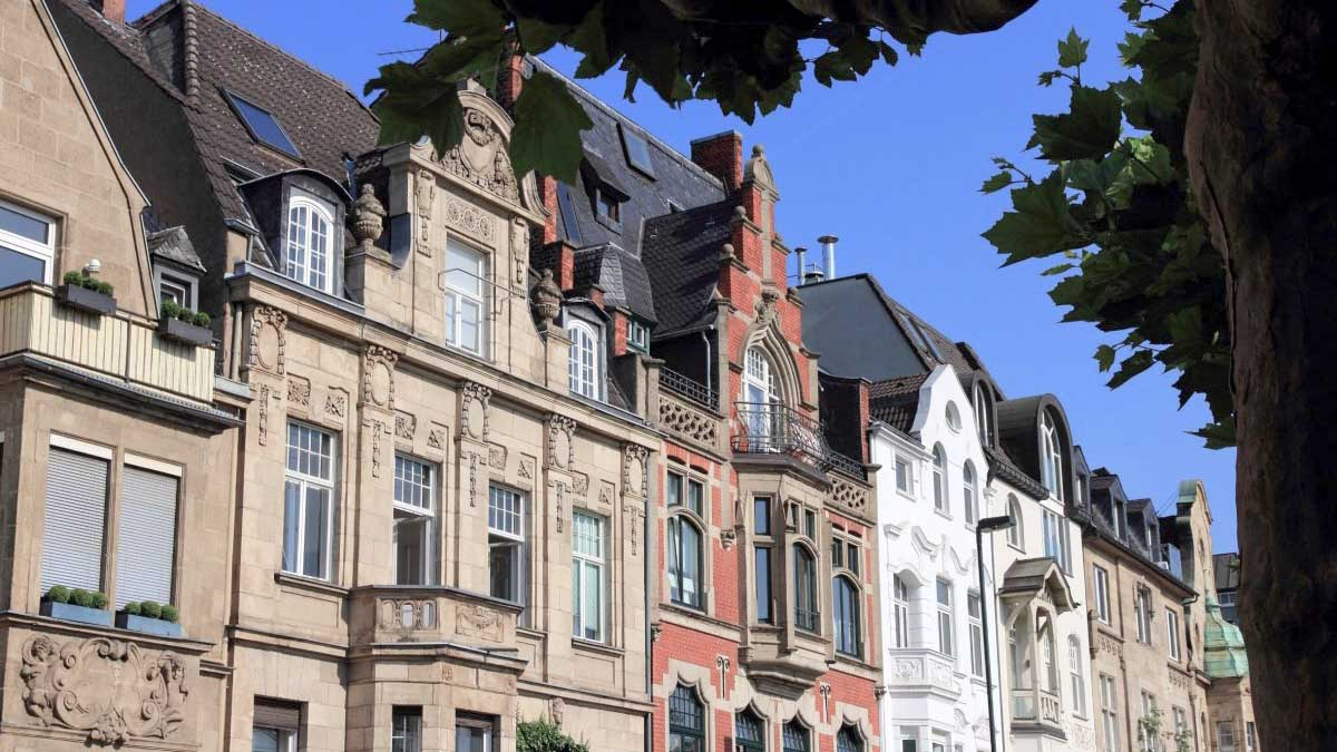 Immobilienpreise im Westen: Wohnungen heiß begehrt