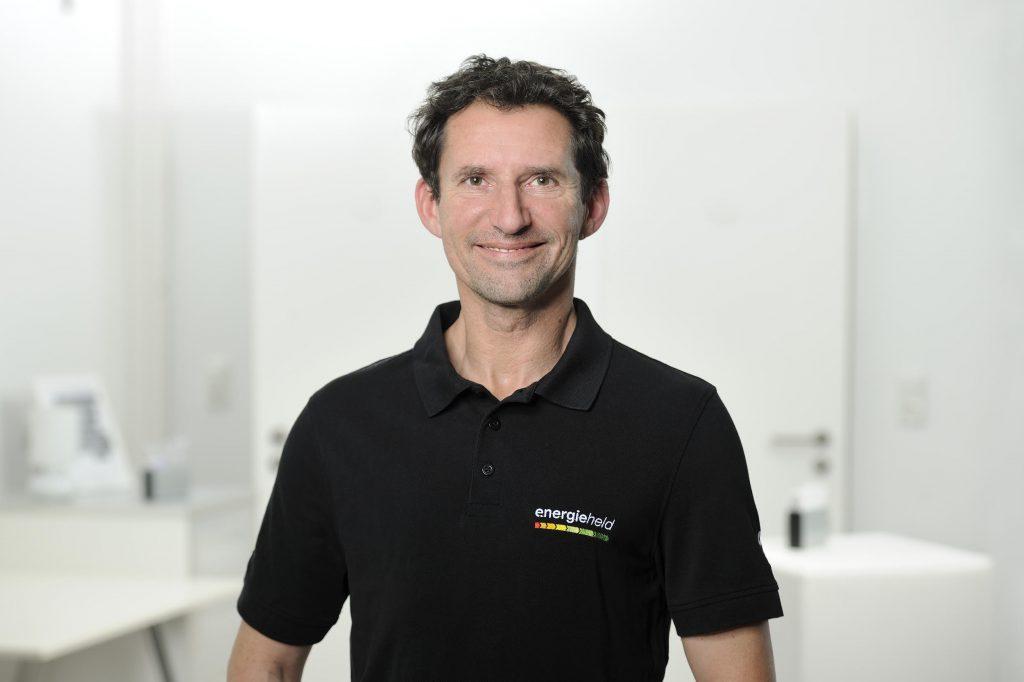 Pierre Wirth: Energieeffizienz-Experte von energieheld.de