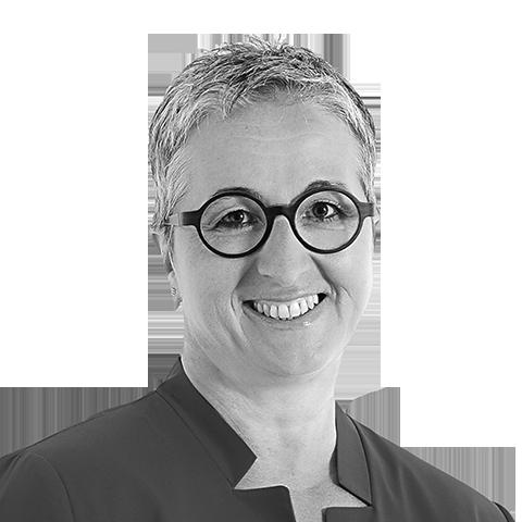 Monika Brunner, Ihre Spezialistin für Baufinanzierung und Ratenkredit, Wiesbaden