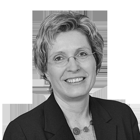 Sylva Rotter, Ihre Spezialistin für Baufinanzierung, Dresden