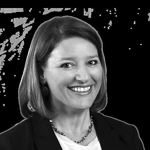 Ulrike Wünsch, Ihre Spezialistin für Baufinanzierung und Ratenkredit, Herrenberg