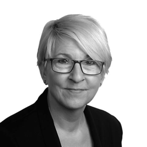 Gudrun Becker, Ihre Spezialistin für Baufinanzierung und Ratenkredit, Braunschweig