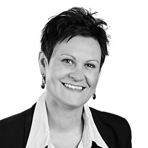 Sandra Küchhold, Ihre Spezialistin für Baufinanzierung und Ratenkredit, Porta Westfalica