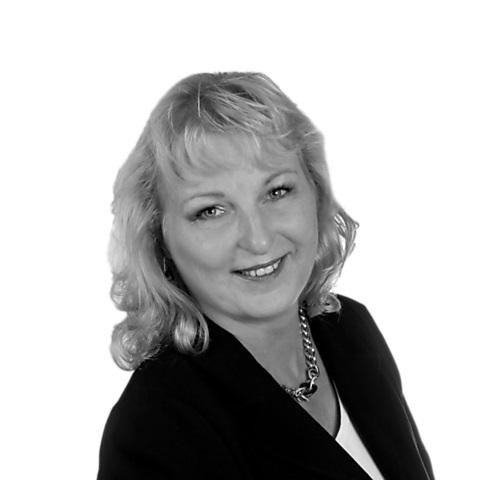 Ina Ludwig, Ihre Spezialistin für Baufinanzierung und Ratenkredit, Bernau