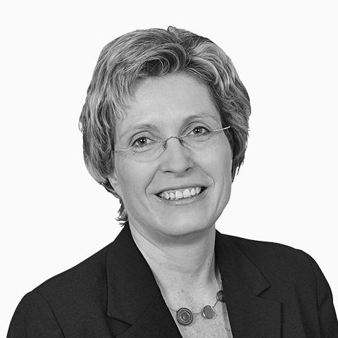 Sylva Rotter, Ihre Spezialistin für Baufinanzierung und Ratenkredit, Dresden