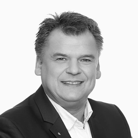 Tibor Schneider, Ihr Spezialist für Baufinanzierung, Hannover