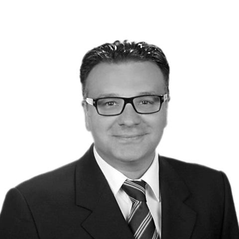 Berkan Serifoski, Ihr Spezialist für Baufinanzierung und Ratenkredit, Krefeld