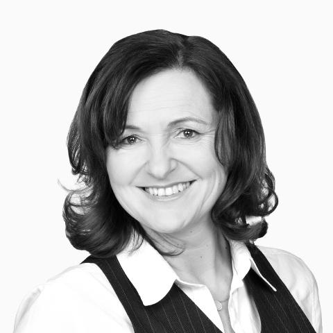 Claudia Stepanik, Ihre Spezialistin für Baufinanzierung und Ratenkredit, Grafenrheinfeld
