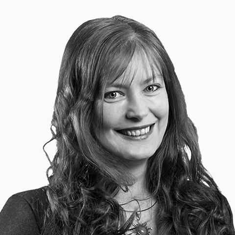 Yvonne Voß, Ihre Spezialistin für Baufinanzierung und Ratenkredit, Lübeck
