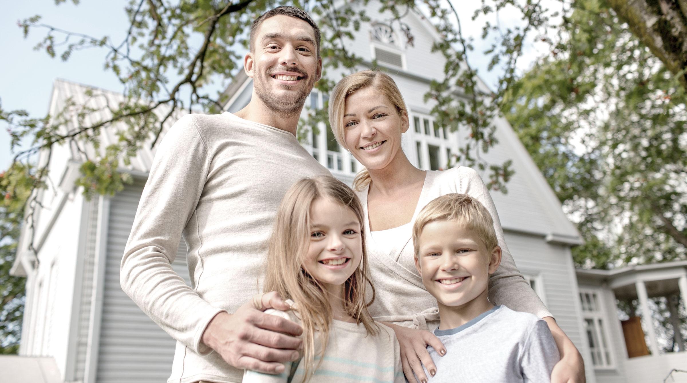 Mit der Gebäudeversicherung Ihr Zuhause absichern: Wir finden den optimalen Schutz für Ihre Immobile